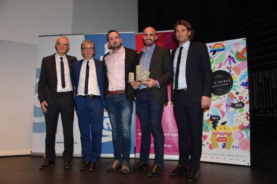Trophée Start-up de l'année à C2Care